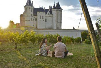 Pique-nique devant Château - Bords de Loire