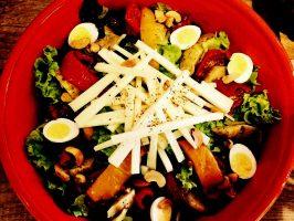 le-grand-megnons-salade-vegetarienne-facebook