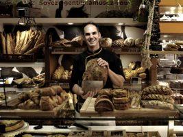 Portrait Mickael Gouzy dans sa boulangerie